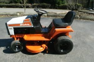 Simplicity Regent 4111 riding mower - $225 (Sweet valley area)