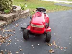 Simplicity Riding Tractor 15 5HP  Hydro Transmission - $595 (Norristown Pa )