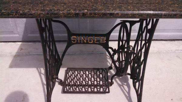 singer sewing machine base with black and gold granite top for sale in jensen beach florida. Black Bedroom Furniture Sets. Home Design Ideas