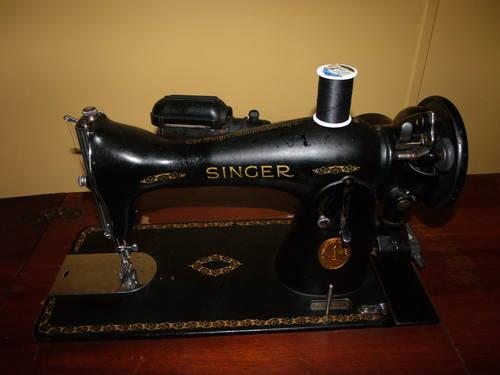 Singer/Simanco Sewing Machine with Cabinet( 1940's to