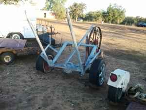 Single bale buggy - $400 (Sell or trade)