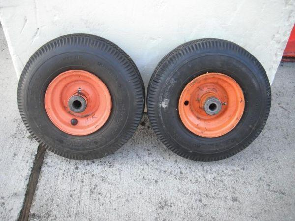SKAG tires/wheels - $50 (UCF Area)