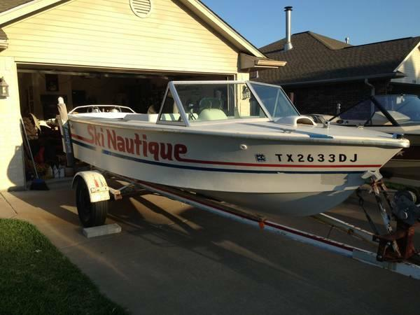 Ski Nautique Tow Boat 351hp Inboard Motor Lowest Price