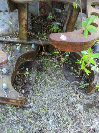 Skidsteer 18'' Tree Shear - (Raymond) for Sale in Jackson