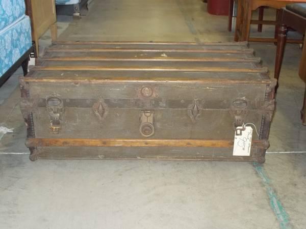 Slat Top Steamer Trunk For Sale In Greenwich Pennsylvania Classified