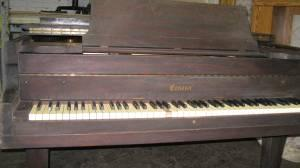 Small baby Grand - $100 (Worcester)