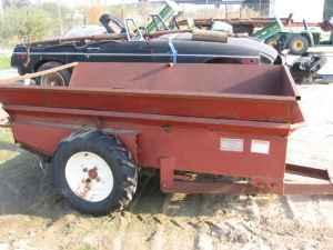 Small Manure Spreader - $375 (Fowler)