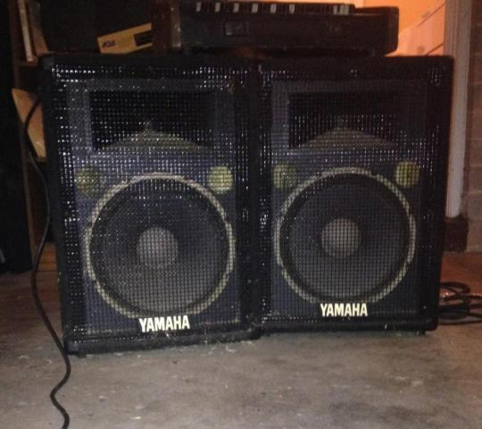 small pa system 6 channel 100 wattt 2 yamaha speakers for sale in phoenix arizona classified. Black Bedroom Furniture Sets. Home Design Ideas