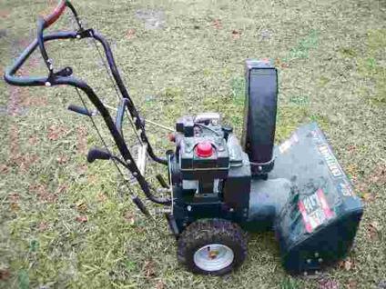 SNOW BLOWER Craftsman, 5 Hp, 24 Inch Cut, 6 Forward - 2 Reverse, Electric  Start