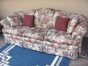 Sofa Broyhill Floral Exc Cond Greer For Sale In