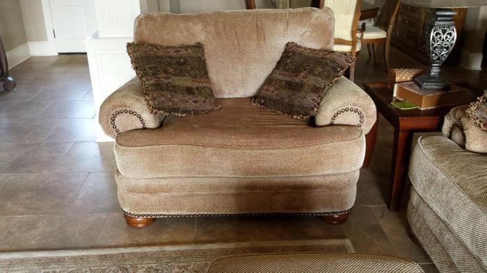 Sofa Loveseat Ottoman For Sale In Gonzales Louisiana Classified