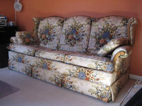 Sofa With Pullout Queen Size Castro Convertible Bed