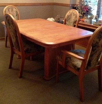 Solid Light Oak Dining Room Table And 6 Chairs Excellent