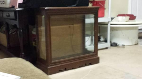 SOLID OAK AND GLASS CABINET WITH DISPLAY LIGHT - $40