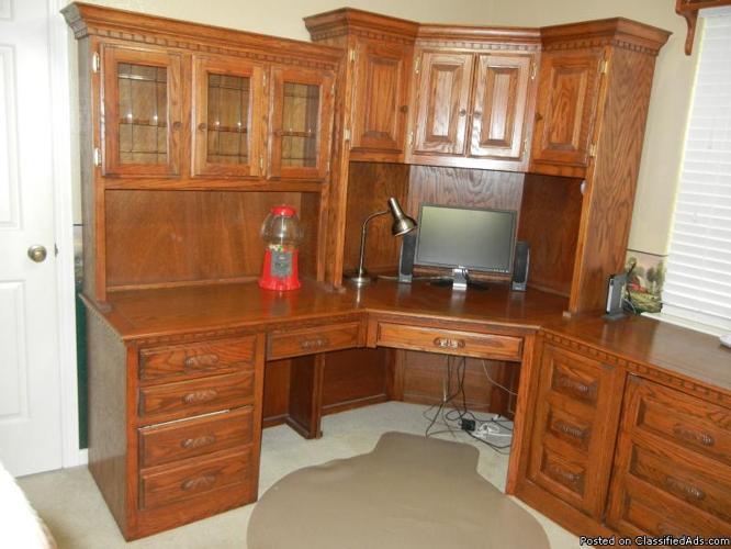 solid oak corner desk 2 matching book cases and a separate file cabinet for sale in magnolia. Black Bedroom Furniture Sets. Home Design Ideas