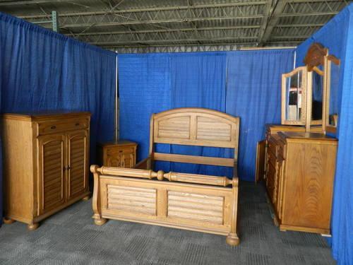 Solid Oak Lexington Victorian Sampler Queen Bed and Dresser for sale