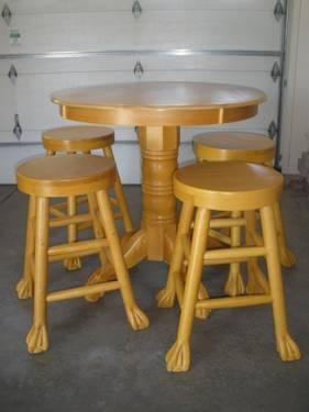 Solid Oak Pub Table Amp 4 Bar Stools Claw Feet Very Cool For