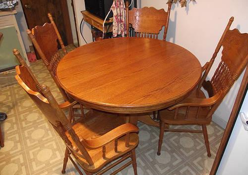 Solid Oak Wood Dining Table And Chairs For Sale In Twin