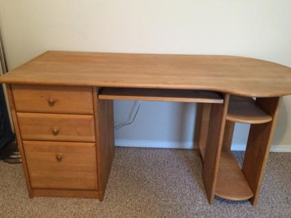 Solid Wood Desk for Sale in Springfield Missouri