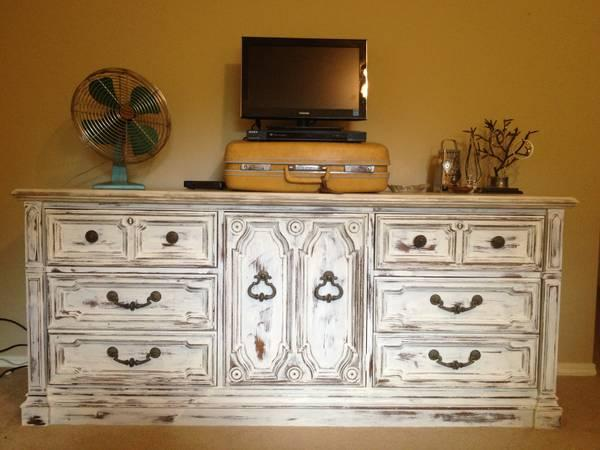 Solid Wood Drexel Long Dresser White Shabby Chic For