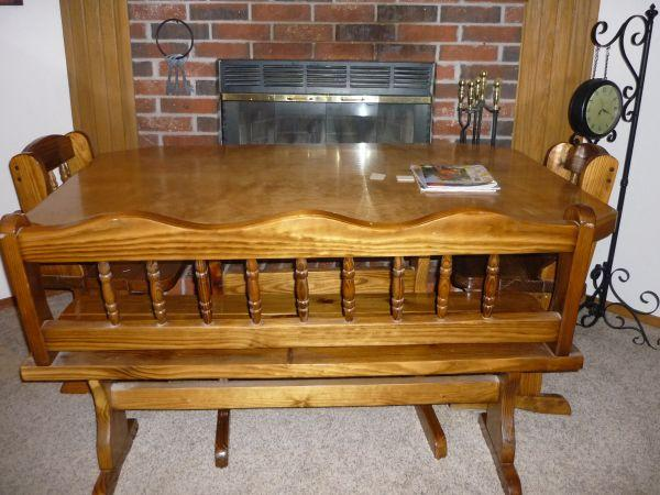 Solid Wood Kitchen Table - $250 (Sperry/Owasso)