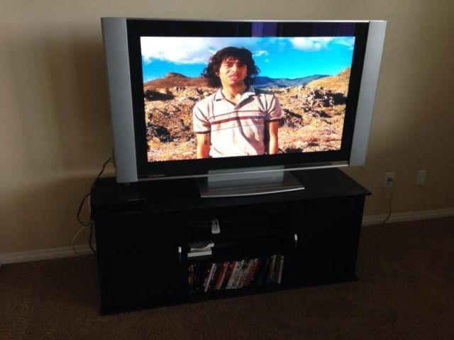 Sony 50 Quot Grand Vega Plasma Tv With Stand For Sale In