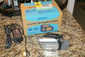 Sony DVD camcorder - $80 (Longwood)