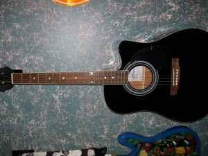 SPENCER ELECTRIC ACOUSTIC WILL TRADE (SOMERVILLE TN)