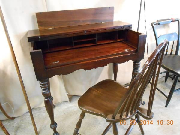 Spinet Desk - Solid Walnut - Very Nice - $250 - Spinet Desk - Solid Walnut - Very Nice - For Sale In Queensbury, New