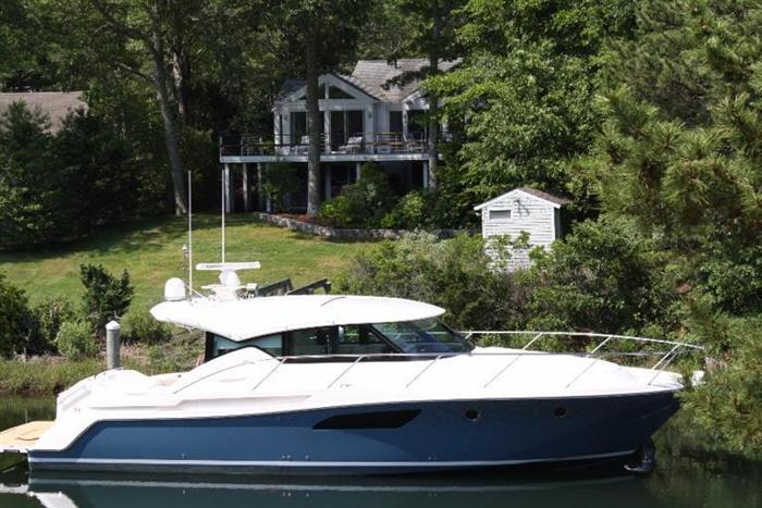 Spoondrift cove waterfront contemporary recently rebuilt for Contemporary homes for sale in ma