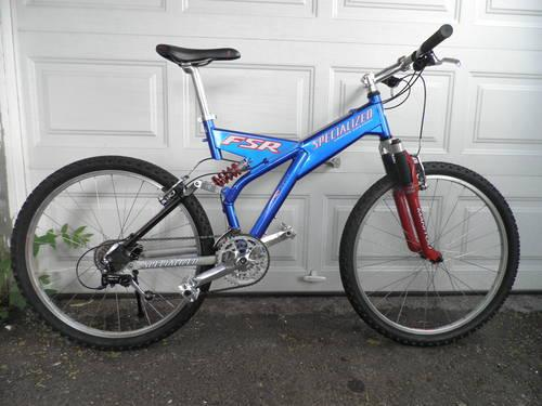 SPRCIALIZED FSR FULL SUSPENSION MOUNTAIN BIKE GREAT CONDITION MUST SEE