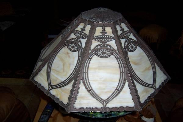 stained glass lamp shade for sale in bend oregon classified. Black Bedroom Furniture Sets. Home Design Ideas
