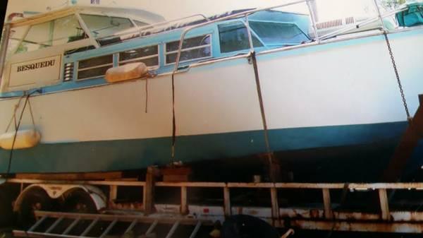 Stainless Steel 30 foot custom cabin cruiser - $12000