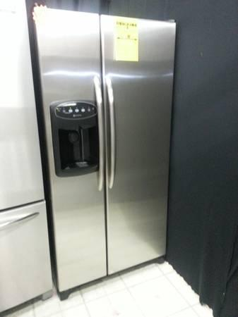 STAINLESS STEEL APARTMENT SIZE REFRIGERATOR SIDE X SIDE WITH ...