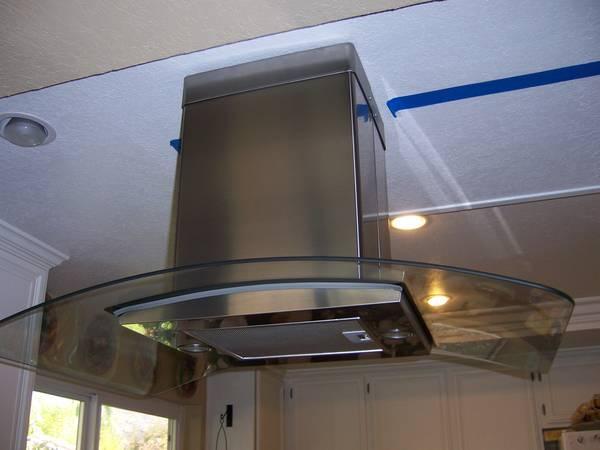 Beau Stainless Steel Kitchen Exhaust Fan   $300