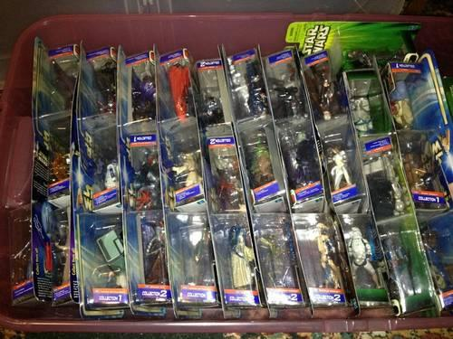 Star Wars Episode 2 Lot of 32 Figures