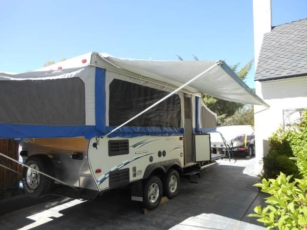 mobile homes for sale reno nv with Starcraft Tent Trailertoy Hauler 9900 28226945 on cascadefactoryhomes together with 68056706 moreover 24 Ft Dutchmen Fifth Wheel 5300 25922711 as well Homes For Sale Reno Nv additionally 17 Artistic Mobile Homes To Move.