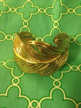Stella dot cuff for sale in lincoln rhode island for Stella and dot jewelry wholesale