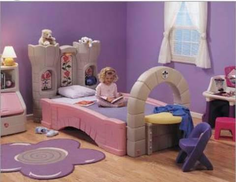 Step 2 Dream Castle Toddler/Twin Convertible Bed