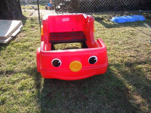 Step 2 Fire Truck Engine Toddler Bed for Sale in Columbus ...