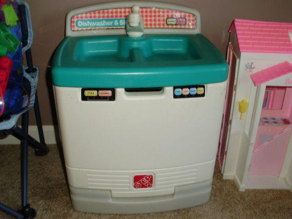 Step 2 Kitchen SinkDishwasher - $20 Northwest Omaha