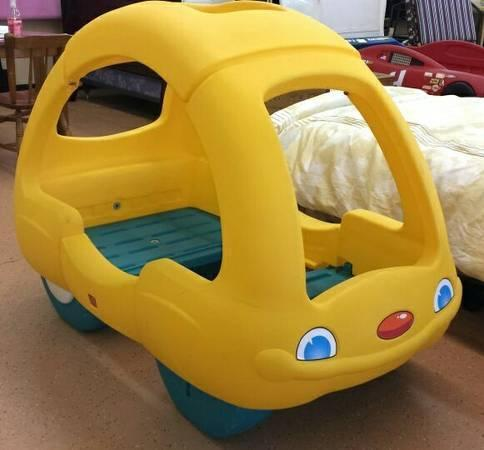 STEP 2 Toddler Car Bed VW Bug Snoozer for Sale in Beverly, New Jersey Classified ...