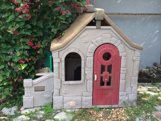 step2 playhouse cabin house cottage yard play outdoor