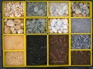 Stone, topsoil, fill dirt, sand - $25 (Anne Arundel