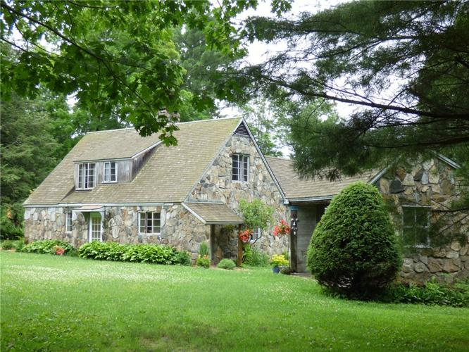 Storybook Stone Cottage on 20 Acres