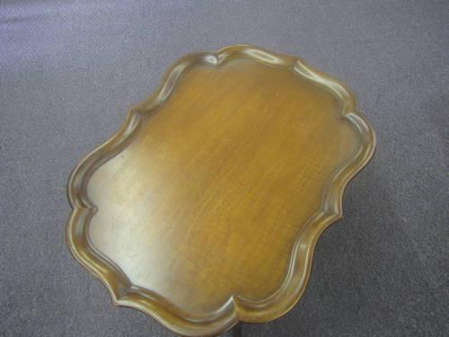 Stratford Finish End Table For Sale In Adelma Beach
