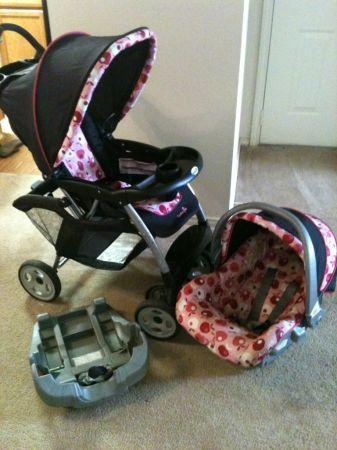 Stroller And Carseat Combo Near Mall For Sale In