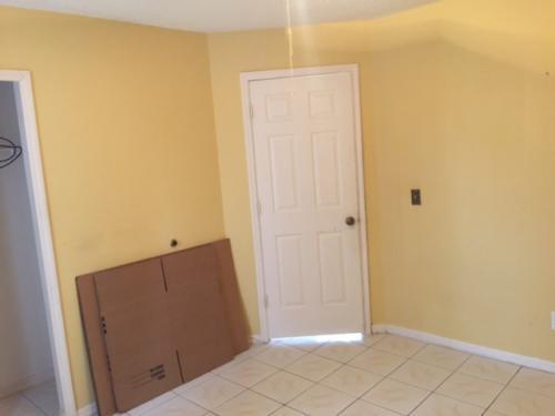 Studio, $525 - 0br