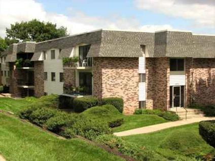 Studio camelot village apartments for rent in omaha nebraska classified for 3 bedroom apartments for rent in omaha ne