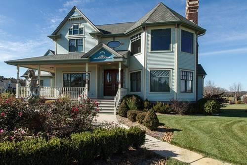 Stunning 2 story victorian for sale in paddock lake for 2 story lake house